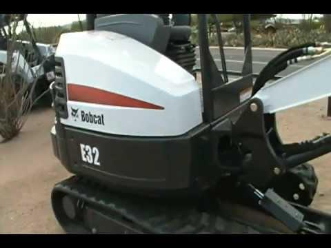 Bobcat E32 Walkaround
