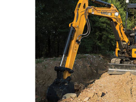 LiuGong North America's compact 9035EZTS excavator
