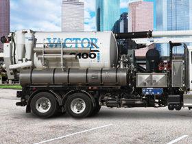Vactor deployment boom