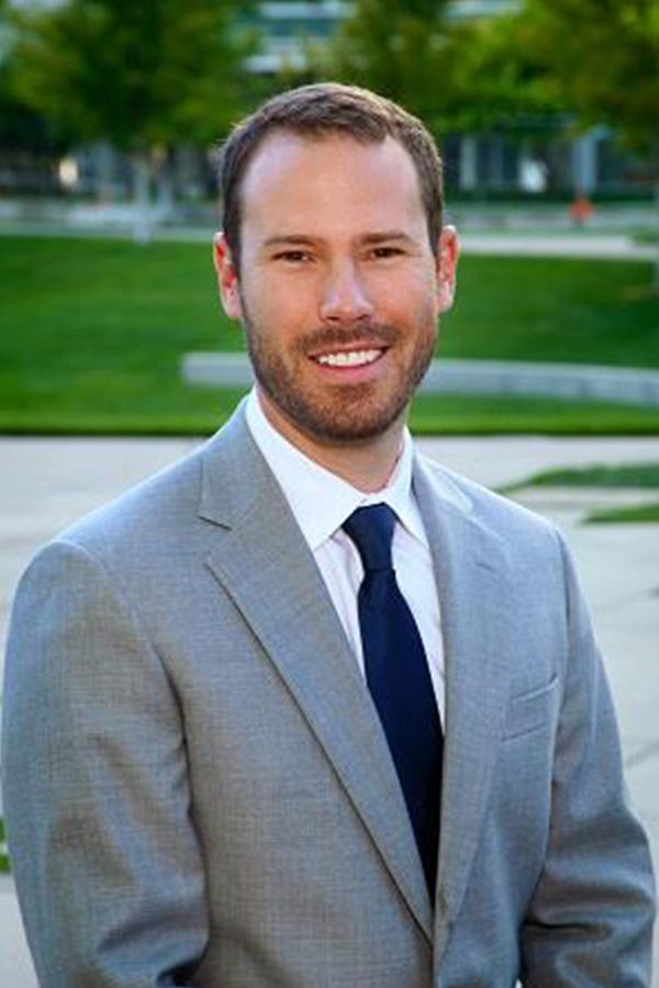 Dr-Jesse-Smith