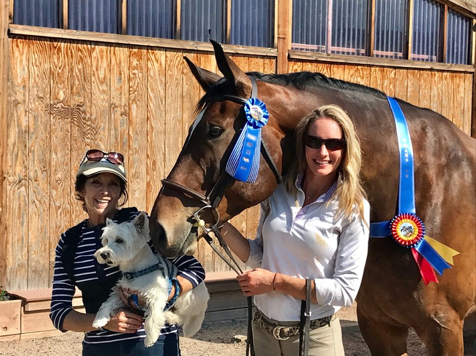 Lindsay Pratt and her horse, Henry, won a recent jumping competition.