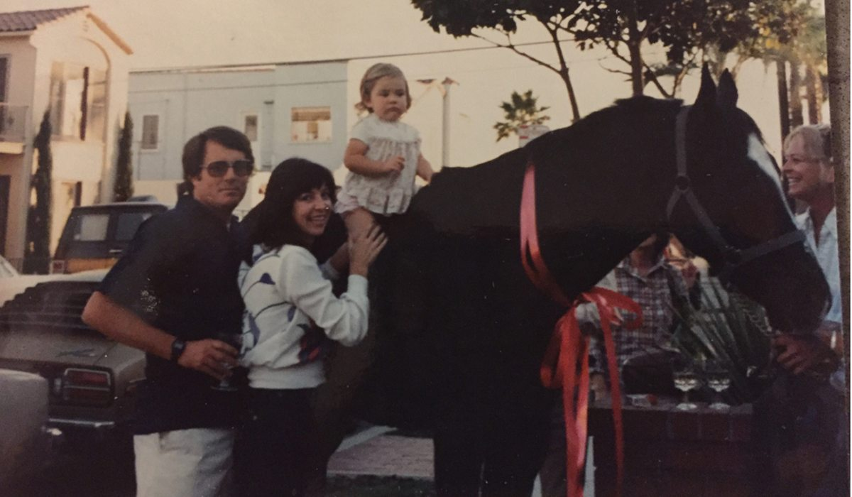 BT-Lindsay-toddler-on-horse-with-parents-sized-for-slideshow