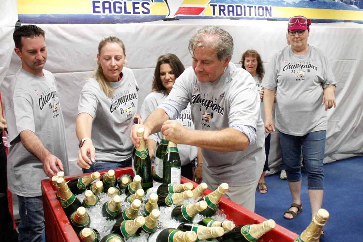 4_062518_APotts_EaglesUCHealthChampPArty_MG_6855