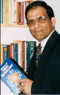 Dr. Theja, Spiritual Life Coach - Vedic Astrologer at Former UN and Commonwealth Secretariat Advisor on Precious Minaral Products | WiseIntro Portfolio