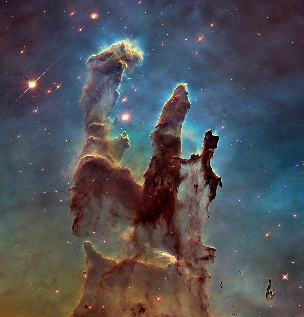 Pillars-of-creation---hubble-telescope---underluckystars
