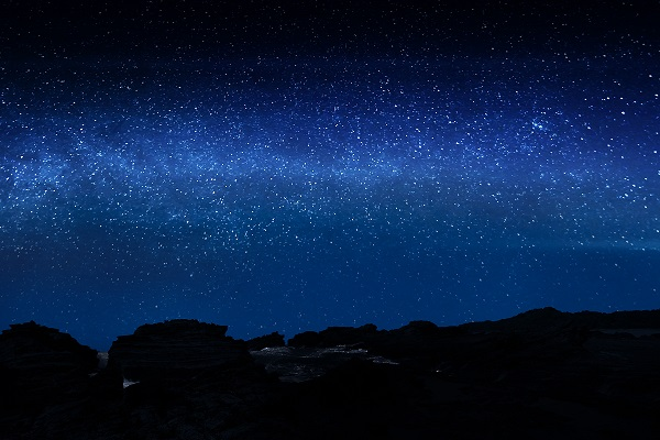 Nigth-sky-Under-Lucky-Stars