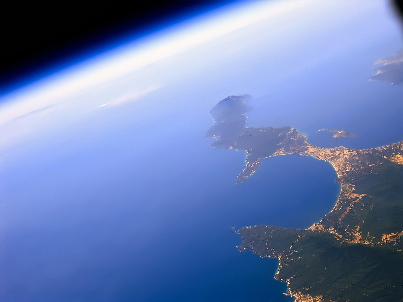 1600px-Athos_Peninsula
