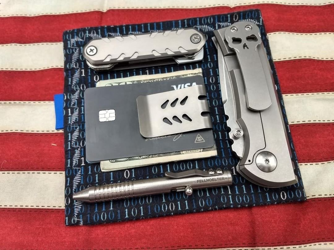 KEY-ARMOR with mini-VIPER money clip