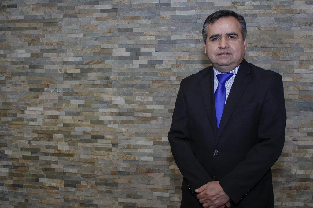 CARLOS MUÑOZ, Director Programa de Pedagogía en Educación Media para Licenciados Vespertino.