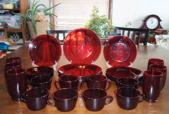 cranberry-color-depression-glass