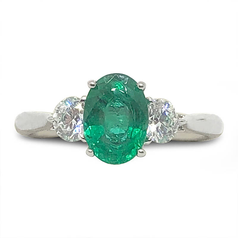 18kt. White Gold Oval Cut Emerald Ring