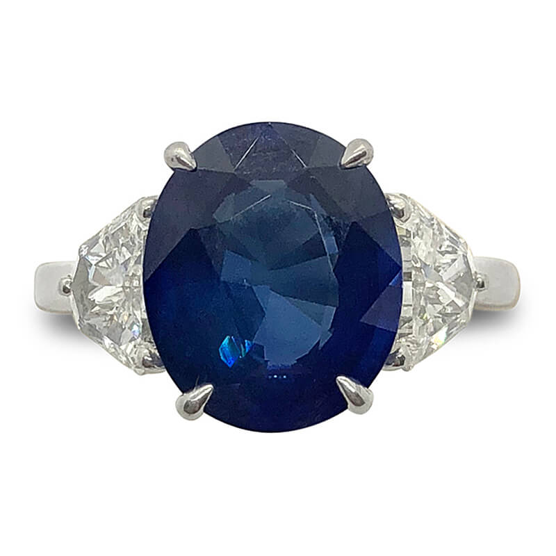 4.35ct. Fine Blue Sapphire Ring