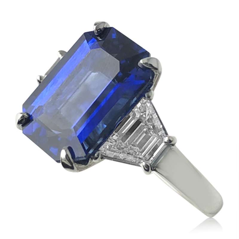 5.82ct. Sapphire and Diamond Ring