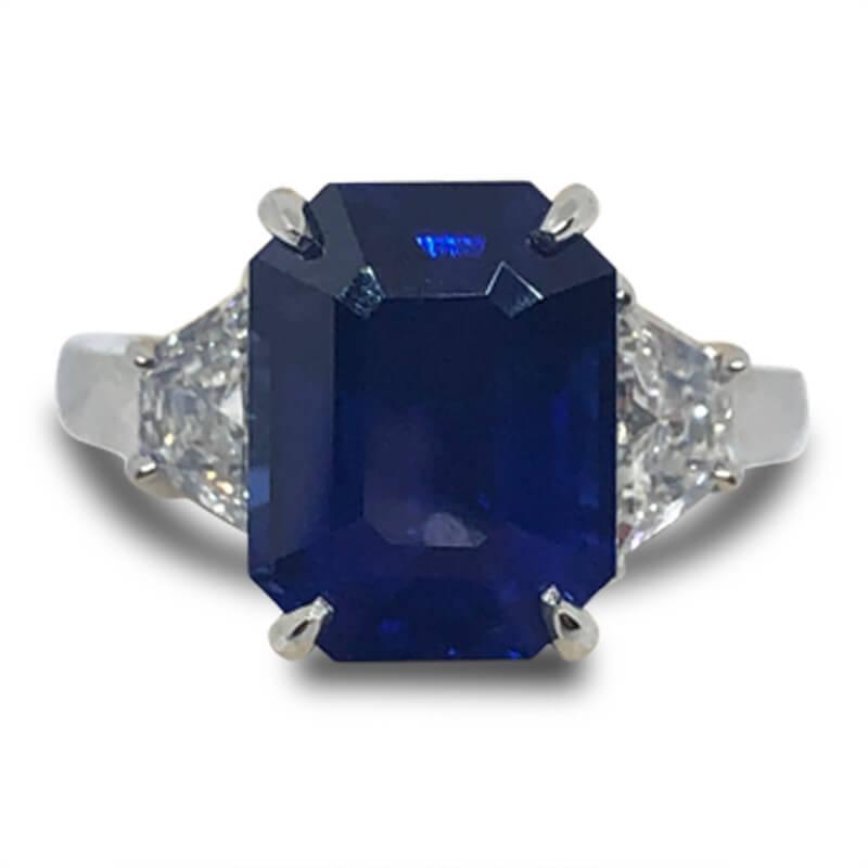 7.03ct. Sapphire & Diamond Ring