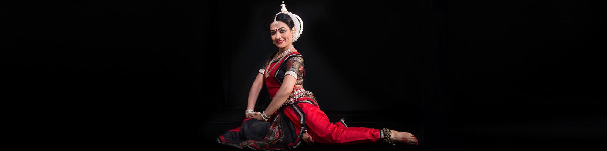 """Uma noite com dança clássica indiana: venha para o """"Odissi Sandhya"""", com Sarita Mishra"""