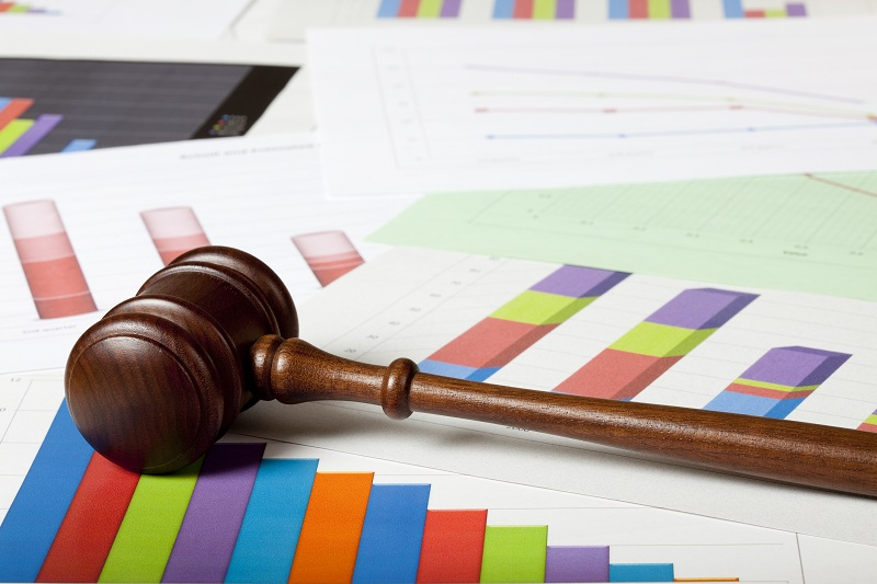 Litigation Reporting for Corporate Executives