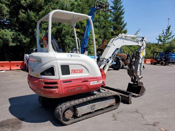 2016 Takeuchi TB230 Mini-Excavator