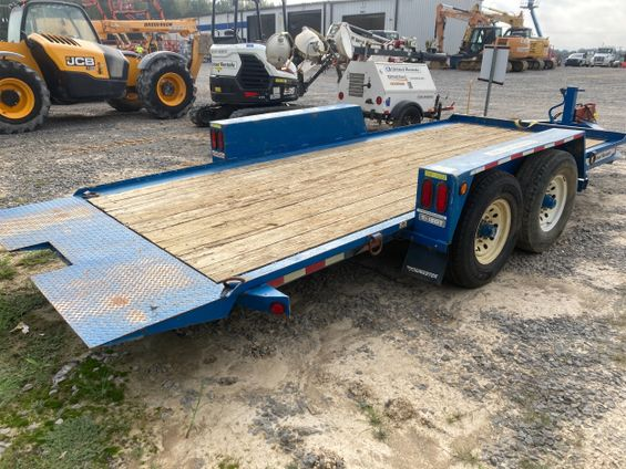 2017 Towmaster T-12DT 16' Trailer