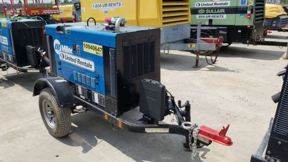 2019 Miller Welders Big Blue 300R Welder