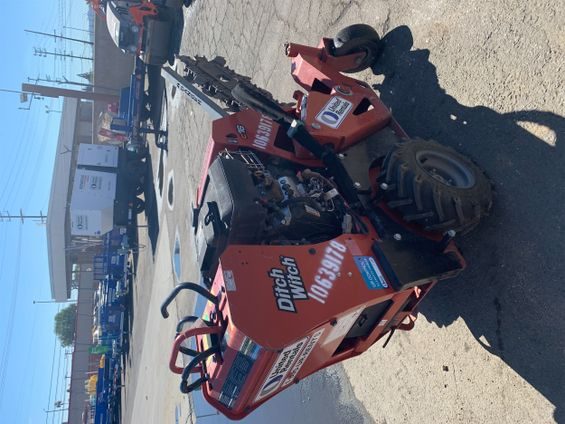 2017 Ditch Witch C16 Trencher