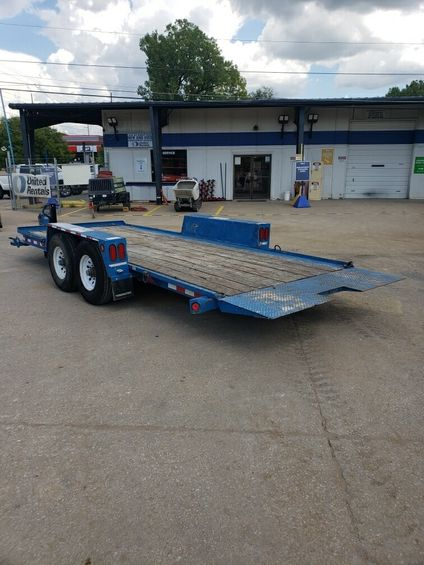 2016 Towmaster T10DT-18 Trailer
