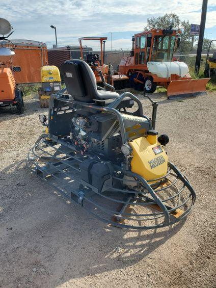 2018 Wacker Neuson CRT48-37V Screed/Trowel