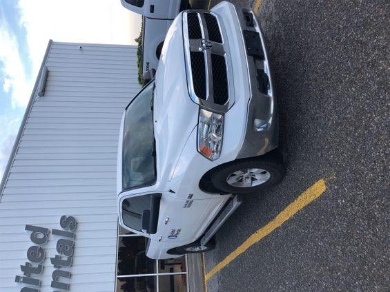 2017 Dodge 1500CREWSLTG4WD Truck