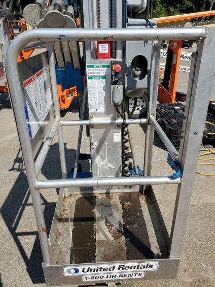 2016 Genie AWP-25SDC Pusharound Lift