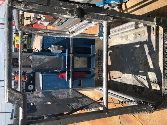 2015 Genie GR-15 Scissor Lift