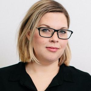 Caitlin Skinner headshot