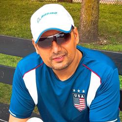 <p>Dr. Shahid Qamar Manan</p>,