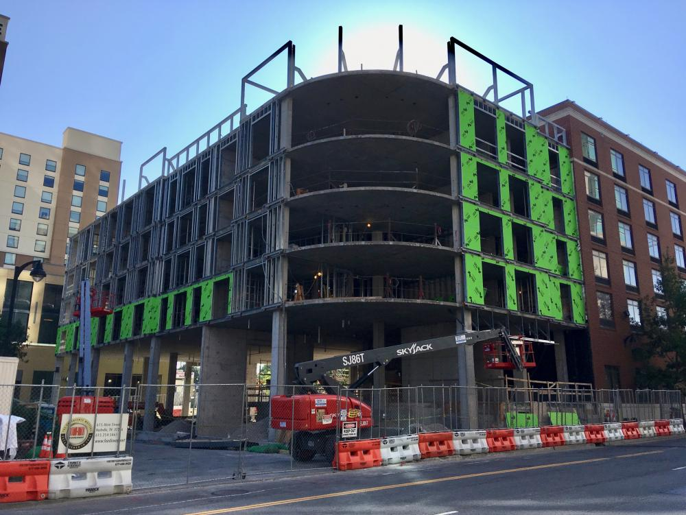 Hampton Inn expansion 1, Sept 10, 2017.jpg