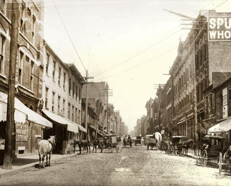 2nd Ave and Broadway, 1897.jpg