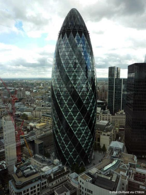 30stmaryaxe_ext-overall_(c)philoldfield.thumb.jpg.8c62daf1a87aa89a84d73a1ef2f83488.jpg