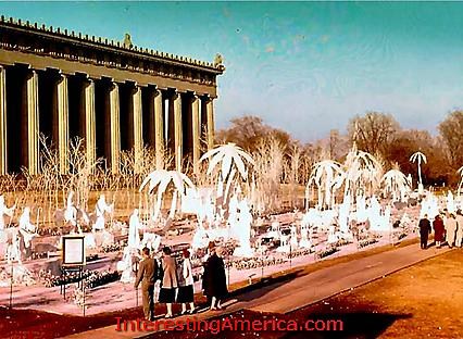 Nashville-Parthenon-Nativity-scene-day-visitors_426.jpg