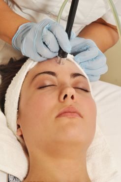 Microdermabrasion with Silk Peel