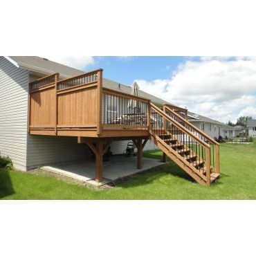 Deck with custom railing/privacy wall