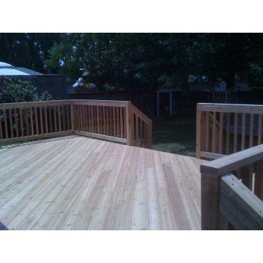 Cedar Deck, 325 SqFt