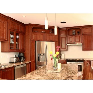 Jcl enterprises kitchen cabinets in chateauguay quebec for Kitchen cabinets quebec