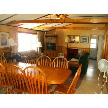 #1 Cottage SBR Liv Rm 613 393 3022