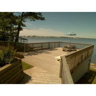#1 Cottage 20'x30' deck 613 393 3022 SBR