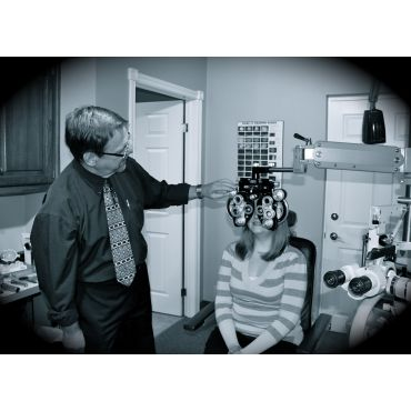 Eye Exam with Dr Ralph Saari