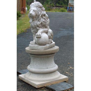 concete lion on Tuscany Pillar