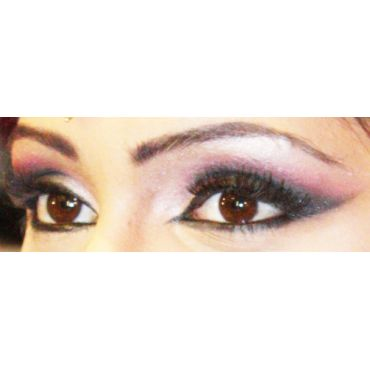 Hadia's Professional Hair Stylist and Makeup Artist PROFILE.logo