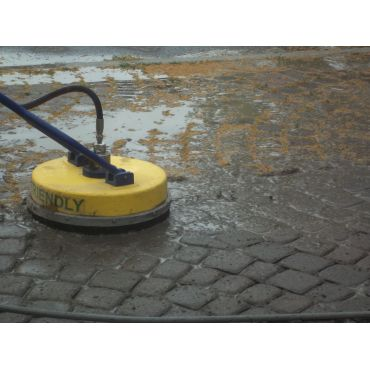 Interlocking Brick Scrubbing