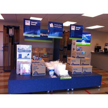 Maple Leaf Self Storage United office