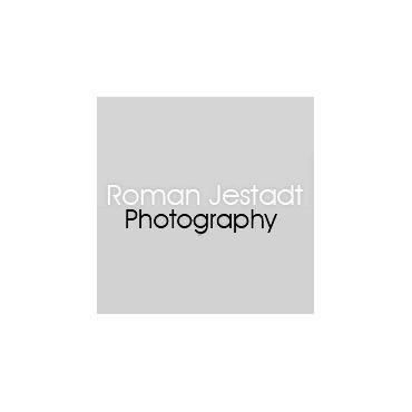 Roman Jestadt Photography logo