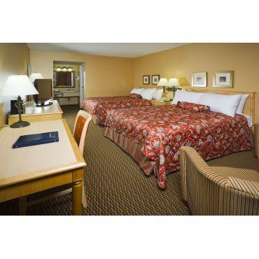 TwoQueen beds