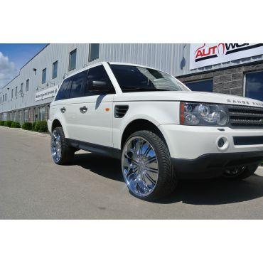 """Range Rover On 24"""" Chrome Wheels"""