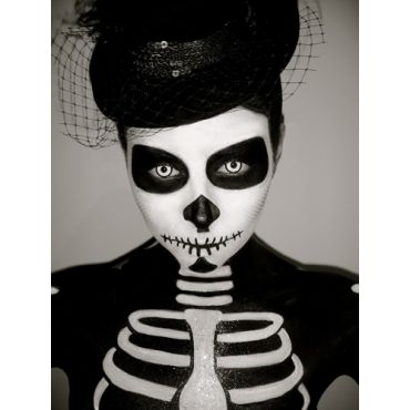 Halloween Skeleton Makeup by Dorota
